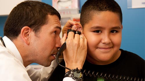 Fewer Kids Uninsured, But Coverage for Latino Children Lags
