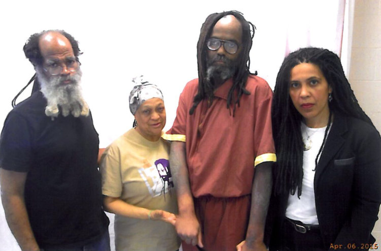 Mumia Case Highlights Lack of Health Care in Prison