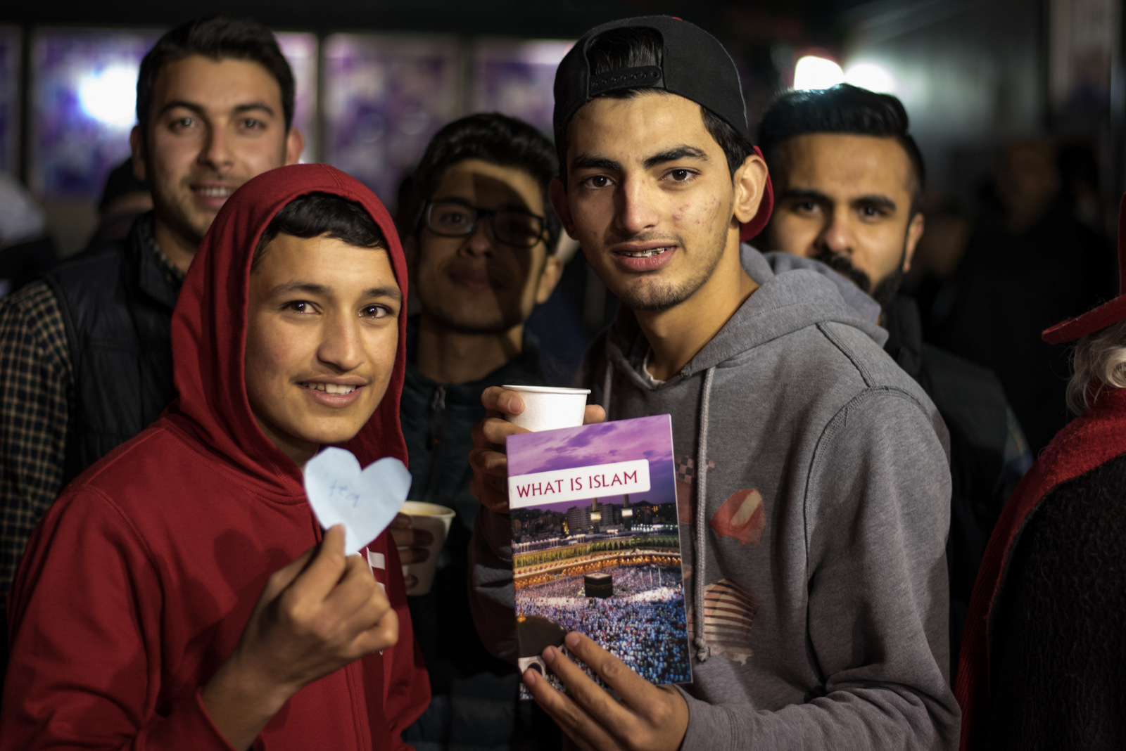 Richmond Residents Show Support for Local Mosque
