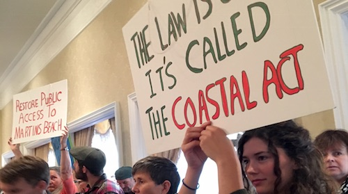 Poll: Majority of Californians Value the Coast, Even as They Move Farther From It