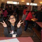Joven de 14 años Enseña a los Niños a Tomar Mejores Decisiones Alimentarias