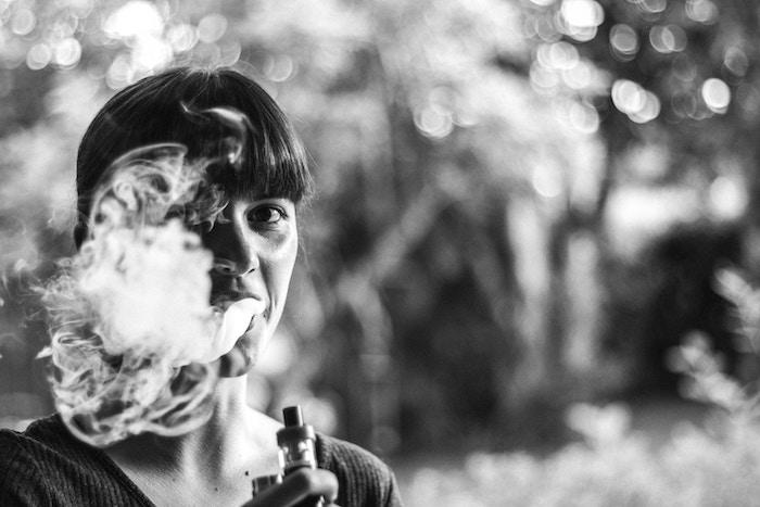 Hacer Humo: Mi Tiempo Con Cigarrillos Electrónicos