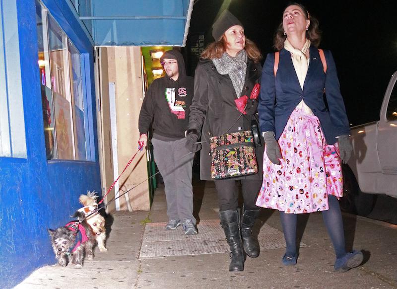 Recuperando la Calle 23, Un Paso de Perrito a la Vez
