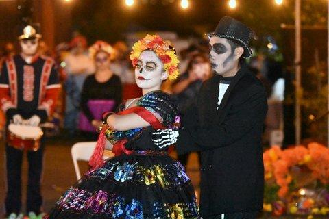 La Cultura Cura en el Festival del Día de los Muertos