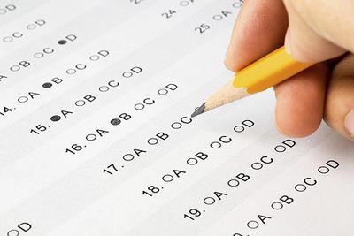 La Universidad de California Necesita Dejar el SAT, Dice Esta Maestra de Richmond