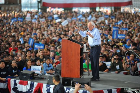 Sanders Campaigns to Capacity Crowd in Richmond