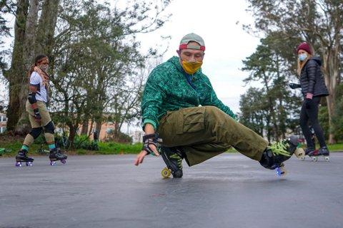Breakdancing roller skater