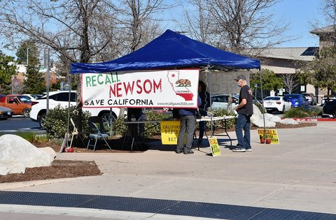 """Recall Newsom, Save California"" booth"